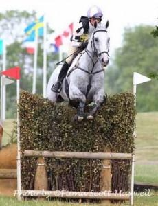 IMG_2792JulieLordoftheOwlsFSM for Central Horse News